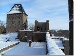 Der Bergfried mit Burgenmuseum